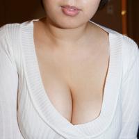 橋本マナミはNHKで谷間全開!? 年末年始のテレビ美女「おっぱいニュース」
