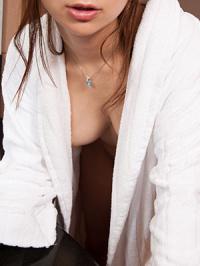 人気AV女優4人が告白「私の卒業セックス」 vol.2
