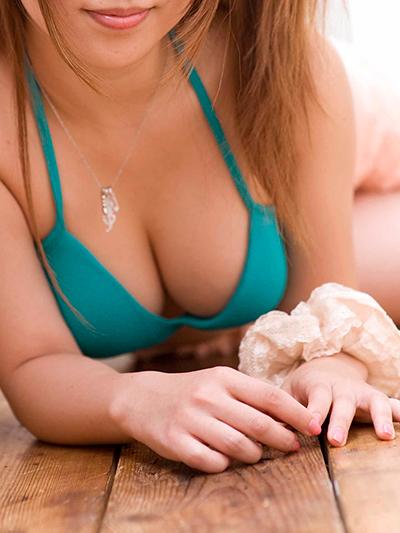 真夏のビーチ美女「SEX白書2015」