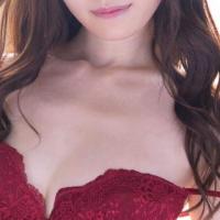 あの女優さんの移籍作品が初登場1位!【FANZA通販フロア】週間AVランキングベスト10!
