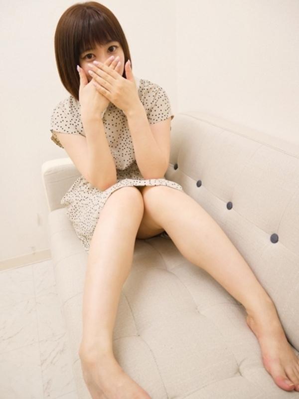 フーゾク嬢厳選図鑑~グイグイ来てるオススメ娘~にいなさん【池袋】