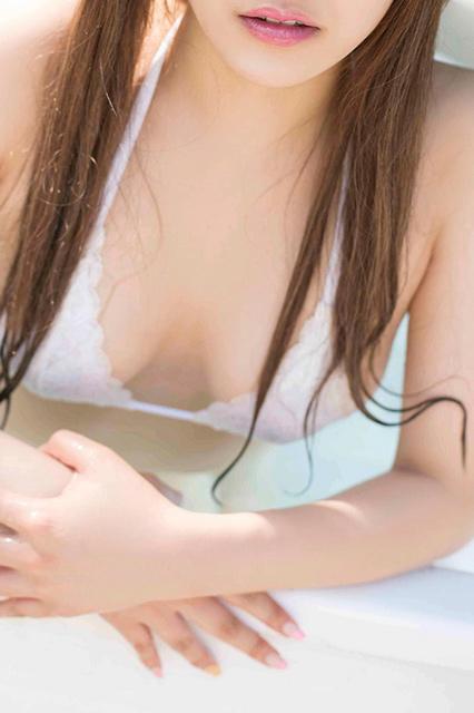 腹筋プレイ、コスプレH…芸能美女の「エロ~い噂」徹底追跡