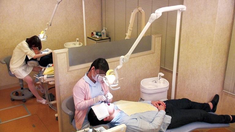 【シコシコ先生のシニアのためのAV試写室】第94回 深田えいみ『誘惑歯科クリニック』
